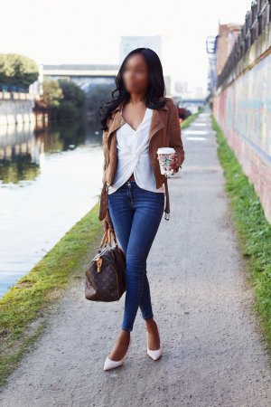 Melani casual sex in Highland Park, escorts